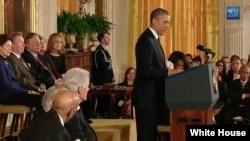 奥巴马总统11月20日在白宫举行的总统自由勋章授奖仪式上讲话