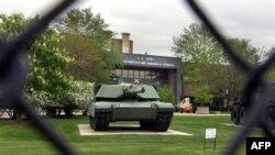 Xe tăng M 1 Abram nặng 70 tấn sẽ tăng cường hỏa lực mạnh, nhanh và chính xác cho bộ binh từ độ xa để binh sỹ có thể tiến sâu vào những nơi trú ẩn của quân nổi dậy