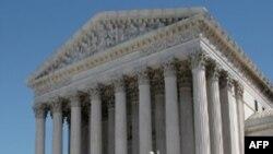 联邦最高法院以微弱多数做出有利于黑斯廷斯法学院的判决