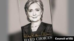"""Portada del libro autobiográfico de Hillary Clinton, titulado """"Hard Choices2."""