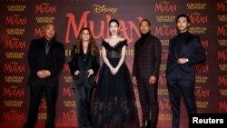 迪士尼有華人演員擔綱的影片《花木蘭》(Mulan) 在倫敦。