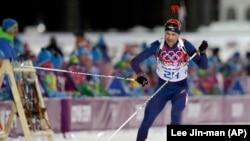 挪威宿将奥莱埃纳尔.比约达伦在索契冬奥会的滑雪赛场上。(2014年2月8日)