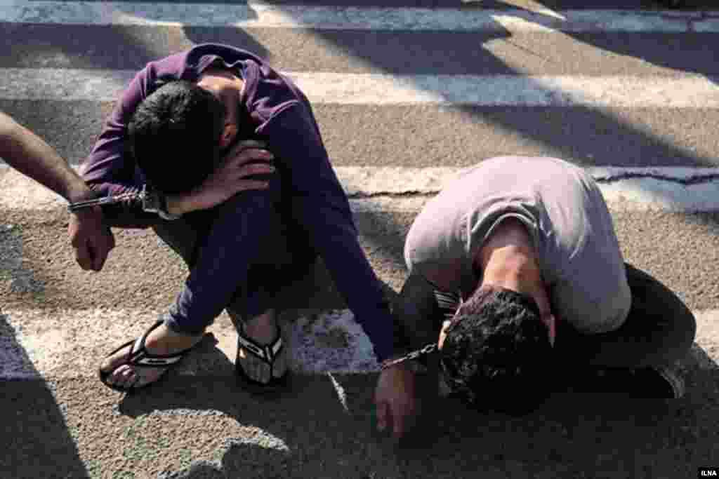 پلیس می گوید ۱۴۰ سارق را در شهر تهران بازداشت کرده است. عکس: علیرضا رمضانی