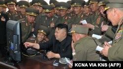 Mỹ áp dụng các biện pháp trừng phạt mới để trả đũa việc Bắc Triều Tiên bị cáo buộc tấn công hệ thống máy tính của hãng phim Sony.