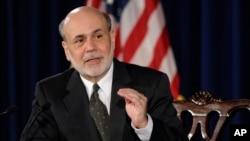 Thống đốc Ngân hàng Trung ương Ben Bernanke phát biểu trong một cuộc họp báo ở Washington, ngày 19 tháng 6, 2013. (AP)
