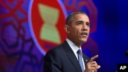 ၂၀၁၅ အာဆီယံထိပ္သီးညီလာခံ Obama တက္ေရာက္စဥ္