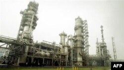 Sinopec quyết định tạm ngưng xuất khẩu các sản phẩm dầu tinh chế