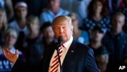 18일 콜로라도주 그랜드정션 유세에서 연설하고 있는 도널드 트럼프 공화당 대통령 후보.