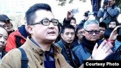 郭飞雄参与反对审查南方周末2013年新年献词抗议行动 (博讯图片)