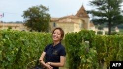 中國演員趙薇2018年9月18日在法國西南部的聖伊波利特的Chateau Monlot葡萄園中。 2011年,趙薇購買了佔地7公頃的這個葡萄園。