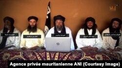 Trois groupes jihadistes opérant dans le Sahel, dont ceux du Malien Iyag Ag Ghaly et de l'Algérien Mokhtar Belmokhtar, ont annoncé leur fusion dans une vidéo, a rapporté jeudi l'agence privée mauritanienne ANI, 3 février, 2017.
