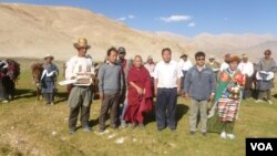 Tibetan Members of Parliament with Jangthang Nomads