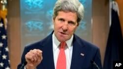 El secretario de Estado, John Kerry, sostiene que limitar el acceso al internet es una forma de violación al derechos de expresión.