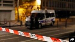 Policija na mjestu incidenta u Parizu