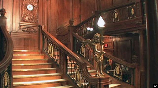The Artifact Exhibition about the Titanic features replicas, and perhaps the most noteworthy is the grand staircase that most people recognize from the movie, at the Luxor Hotel in Las Vegas, June 2011