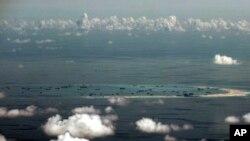 Đá Vành Khăn, nơi Trung Quốc đã tiến hành các công trình xây dựng để khẳng định yêu sách chủ quyền. Hai tàu chiến Mỹ đã áp sát khu vực này vào ngày 11/2/2019.