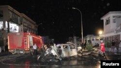 Ledakan bom mobil di kantor polisi Hadayeq di Benghazi, Libya mencederai 3 orang hari Minggu (4/11).