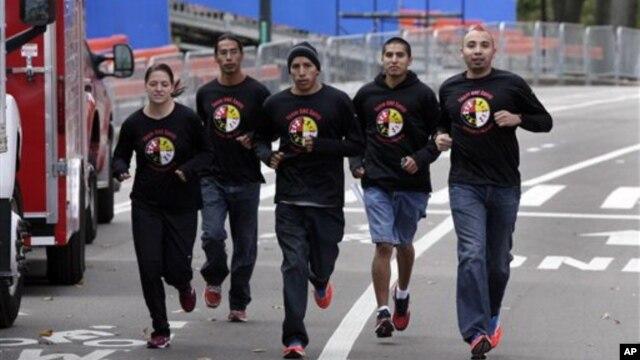 Thành phần Hispanic, hiện nay là 17%, có thể lên tới 31%, có nghĩa là hầu như cứ 3 công dân Mỹ thì có 1 người thuộc diện Hispanic.