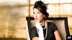 Singer-songwriter Anna Wilson