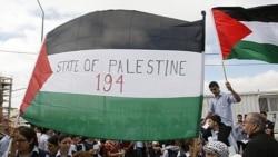 یک مقام فلسطینی: عباس به درخواست عضویت کشور فلسطینی در سازمان ملل متحد پای بند است