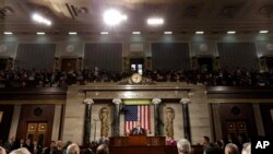 总统奥巴马在星期二晚上向国会两院发表国情咨文讲话