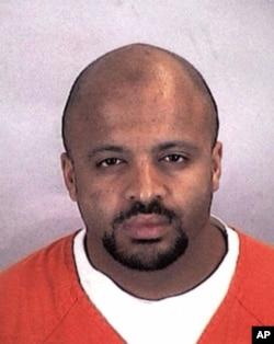 FILE - Zacarias Moussaoui, llamado el vigésimo secuestrador aéreo de los ataques del 11 de Septiembre de 2001.