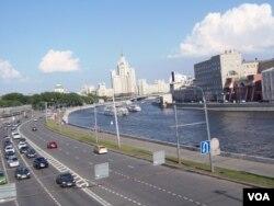 红场旁的莫斯科河。