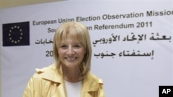 One of the European Union Chief Observers Veronique de Keyser leaves a press conference in Khartoum, Sudan, 17 Jan 2011