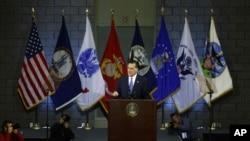 El candidato republicano se pronuncia sobre política exterior y critica la estrategia del actual gobierno.