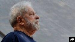 Lula da Silva tinha sido impedido de assistir ao funeral do irmão