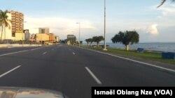 Les rues vides de Libreville, au Gabon, le 14 avril 2020. (VOA/Ismaël Obiang Nze)
