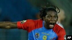 Dieumerci Mbokani, l'attanquant des Léopards de la RDC, 26 janvier 2015.