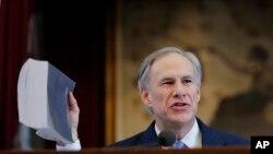 Texas Gov. Greg Abbott , gwamnan jihar Texas