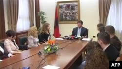 Presidenti Topi u bën thirrje partive politike të njohin rezultatin e zgjedhjeve të 8 majit