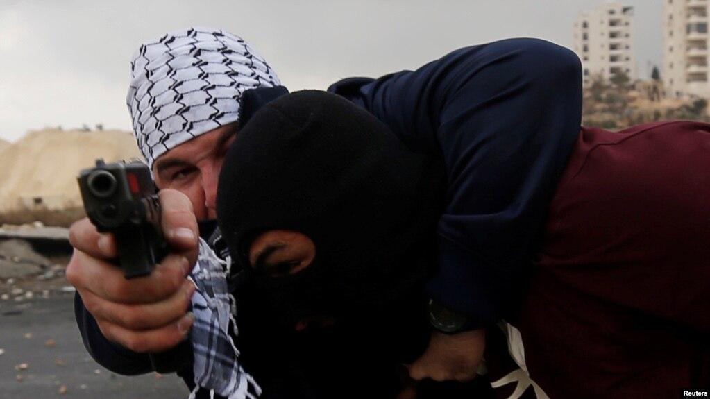 Đụng độ tại Jerusalem sau quyết định của TT Trump.
