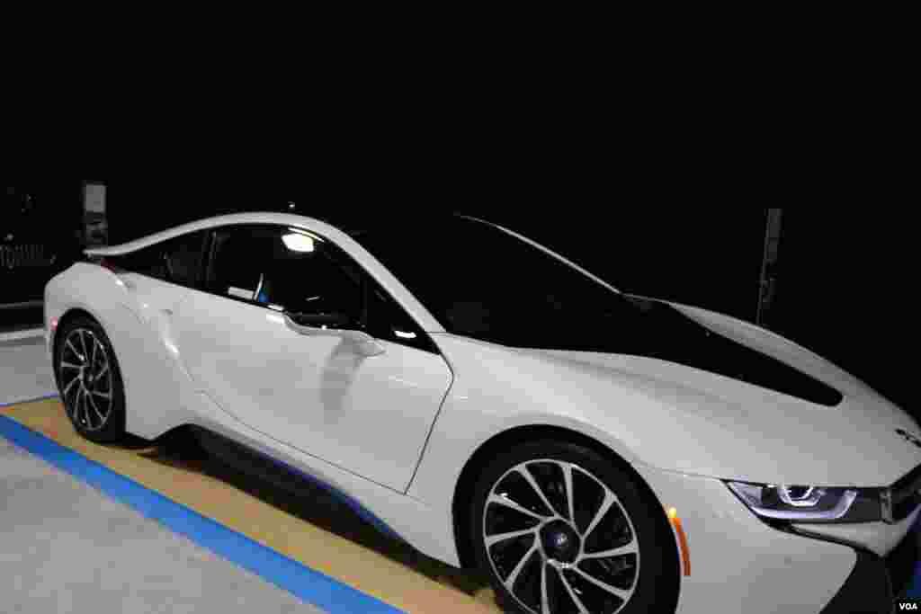 نمایشگاه اتومبیل واشنگتن بی ام و Model: i8
