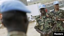 Des soldats de l'ONU au nord du Darfour, le 21 juillet 2008.