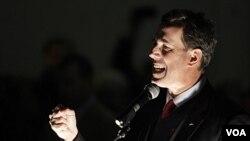 Rick Santorum, kandidat Capres AS dari partai republik berkampanye di Tacoma, Washington (13/2).
