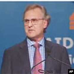 Stephen Lewis, AIDS-Free World