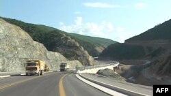 Një udhëtim në Rrugën Durrës-Kukës-Morinë