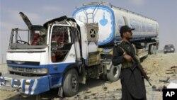 بلوچستان میں نیٹو کےلیے ایندھن لے جانے والے قافلوں پر پہلے بھی حملے ہو چکے ہیں۔