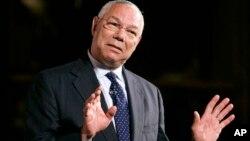 """En los correos Powell dice que se quedó relativamente callado durante el surgimiento de Trump como candidato presidencial republicano, porque """"salir y decir que es un idiota, solo lo envalentonaría""""."""