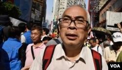 资料照片:香港时事评论员程翔
