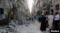 지난 28일 시리아 알레포의 부스탄알카스르 지역이 정부군의 공습으로 파괴된 모습이다.