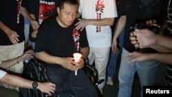 1989年北京當局出動軍隊鎮壓民主示威的六四事件中被坦克壓斷雙腿的方政。