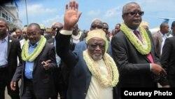 Le candidat présidentiel Mohamed Ali Soilihi (à gauche) et son colistier Houmadie aux Comores