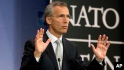 NATO Genel Sekreteri Stoltenberg,Türk hava sahasının ihlali olayının Rusya'nın Suriye'de artan askeri varlığının bir sonucu olduğunu söyledi.