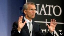 NATO-nun Baş katibi Cens Stoltenberq