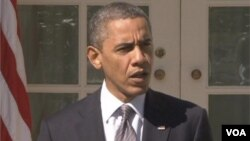 Presiden AS Barack Obama mengecam pernyataan Capres partai Republik Mitt Romney soal serangan terhadap kantor diplomatik AS di Timur Tengah.