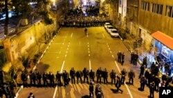 تظاهرات مقابل دانشگاه امیرکبیر تهران- شنبه ۲۱ دی